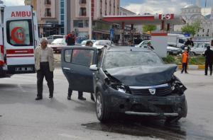KASTAMONU'NUN TOSYA İLÇESİNDE MEYDANA GELEN TRAFİK KAZASINDA 7 KİŞİ YARALANDI. (SEDAT AĞACIKOĞLU/KASTAMONU-İHA)