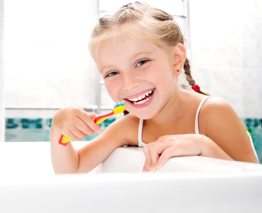 Bebeğinizin Diş Sağlığına Dikkat Ediyor Musunuz