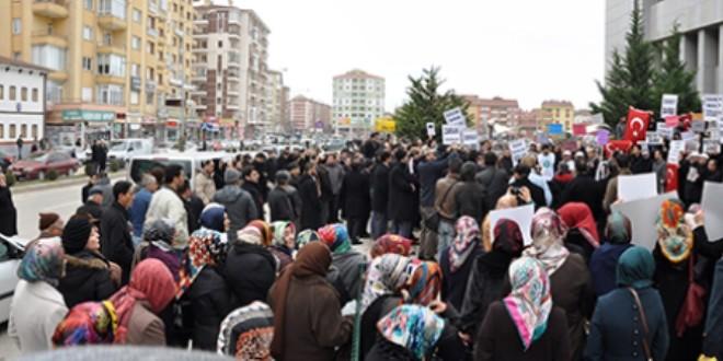 Çorum'da 'Zaman' protestosuna 18 gözaltı 14 tutuklama