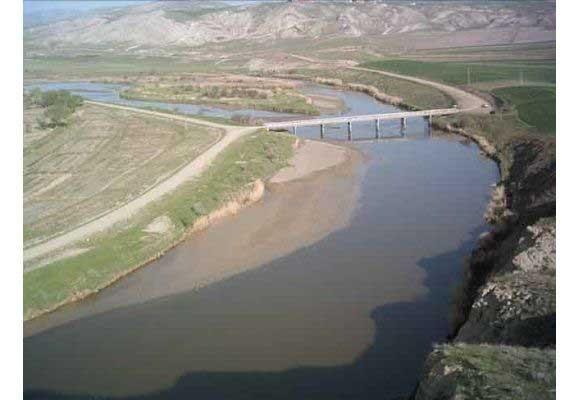 Kula köyü halkı Bayat'a bağlanmak istiyor