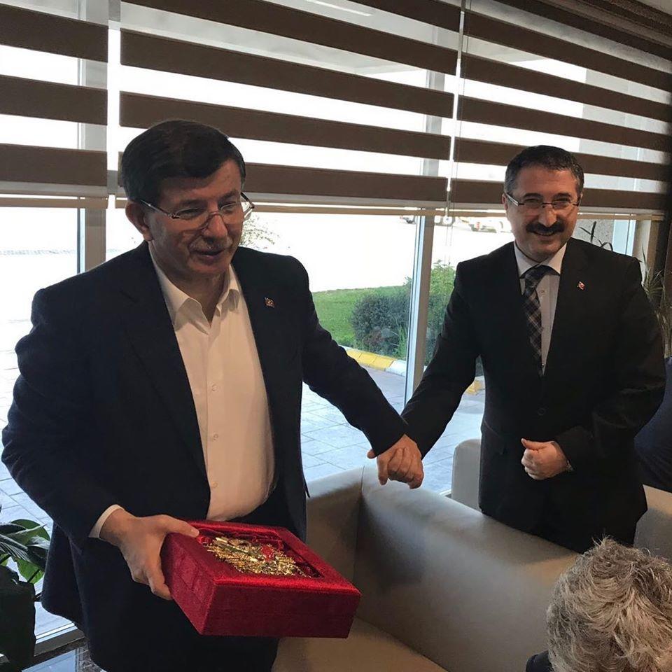 """Bekiroğlu,""""Davutoğlu, Yelpazeyi geniş tutuyor"""""""